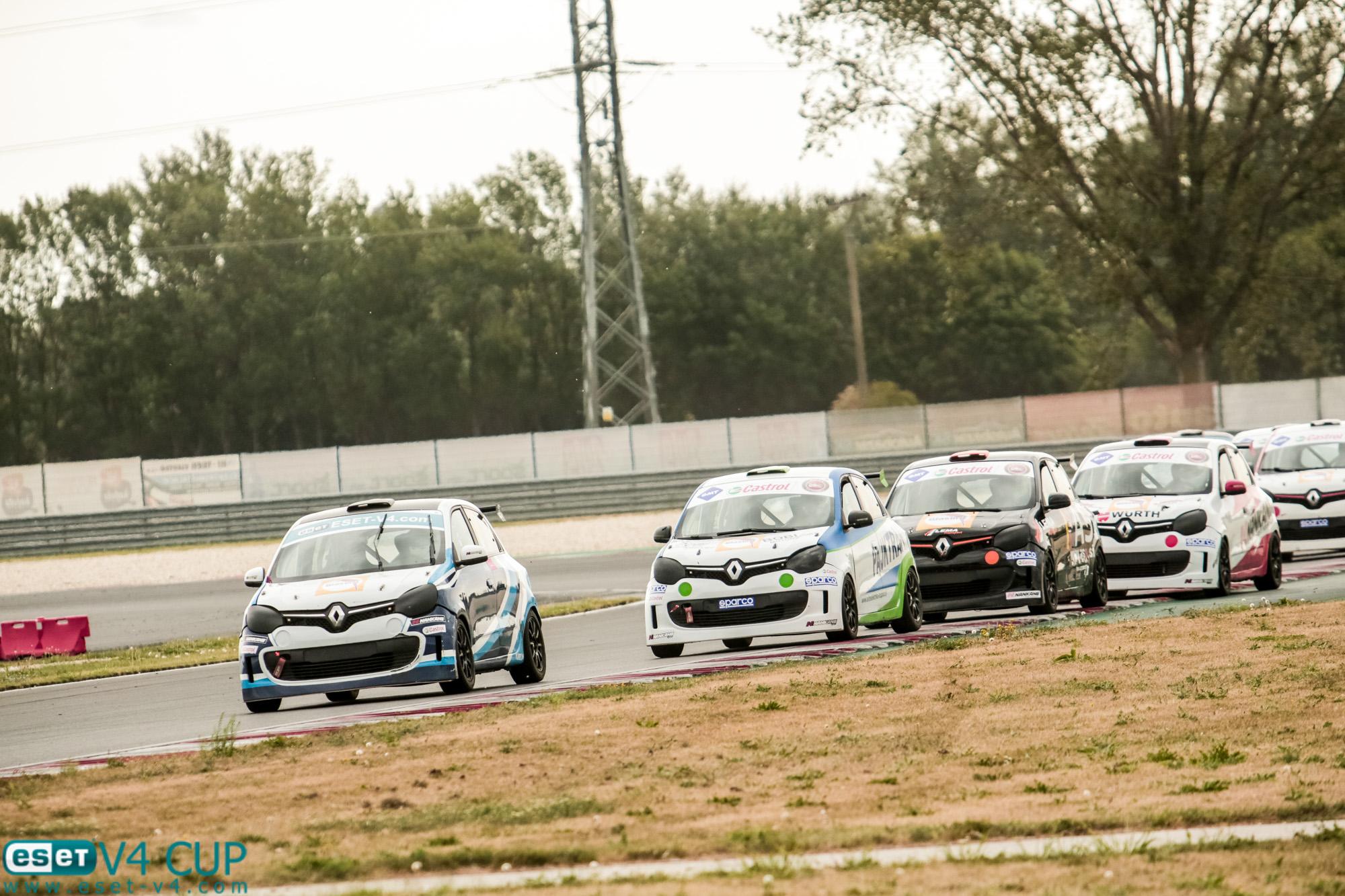 Renault Twingo Cup pokračoval o víkendu závody na okruhu Cerklje