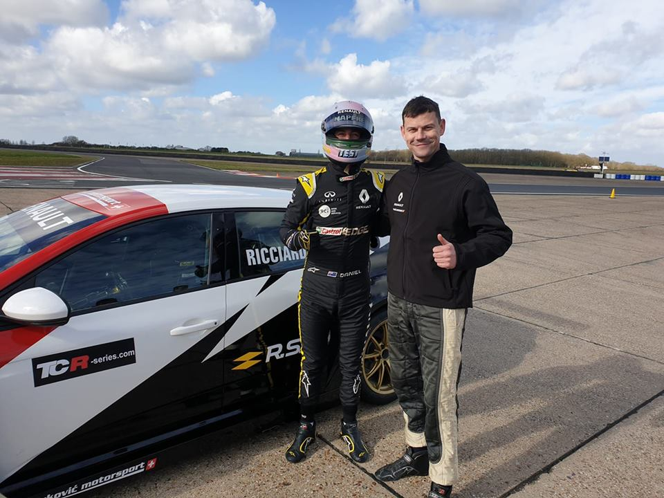 Tomáš Pekař tested Renault Megane TCR and gave advice to F1 driver