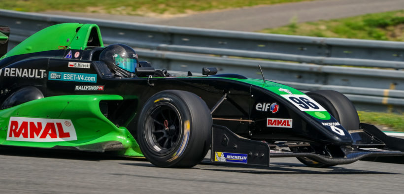 Bartek Mirecki is going to race with Formula Renault again
