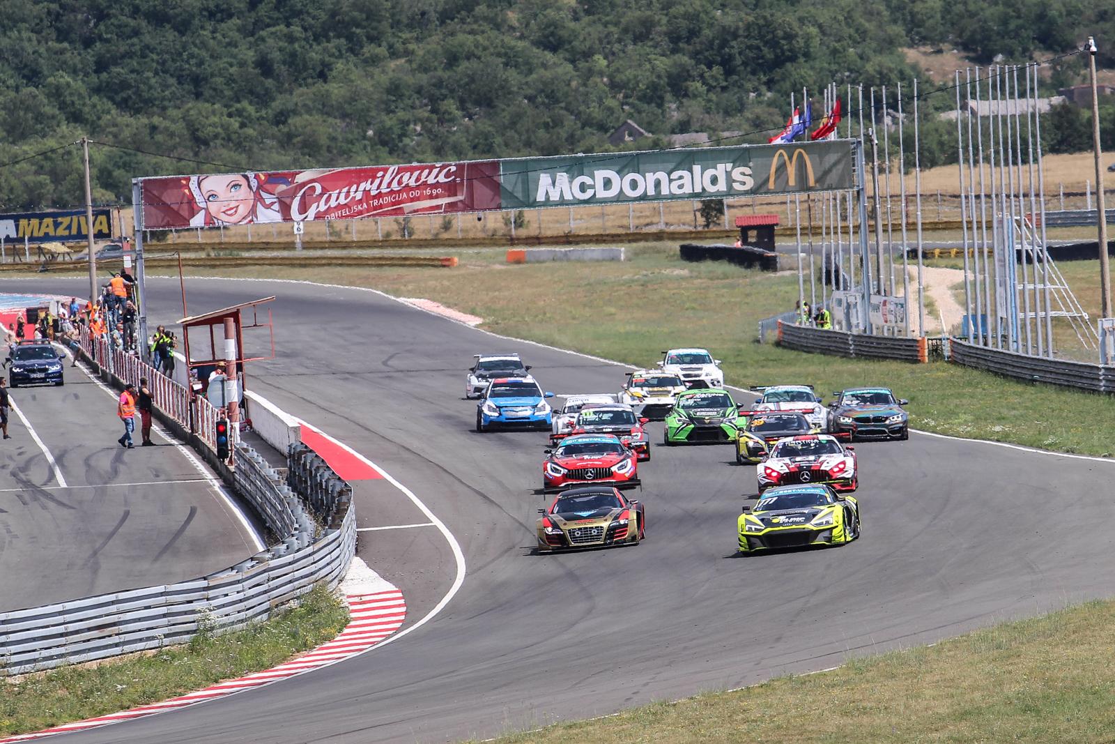Marcin Jedlinski proměnil start z pole-position ve vítězství