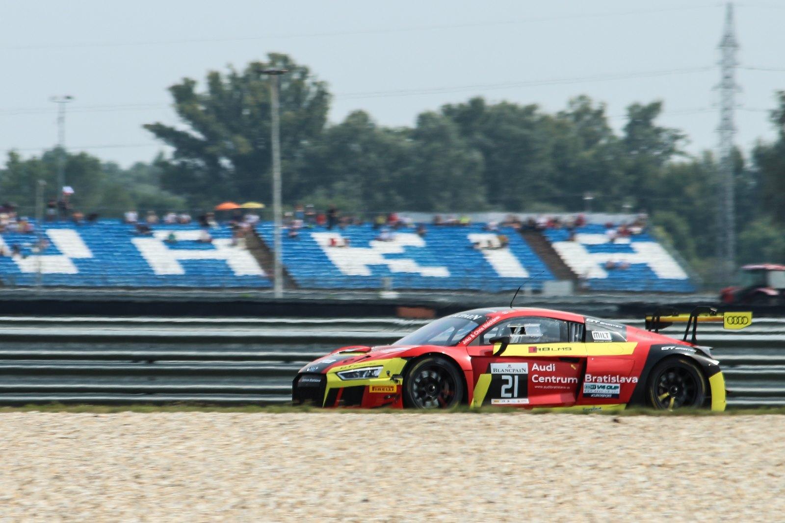 Malchárek victorious in GT Sprint on Saturday