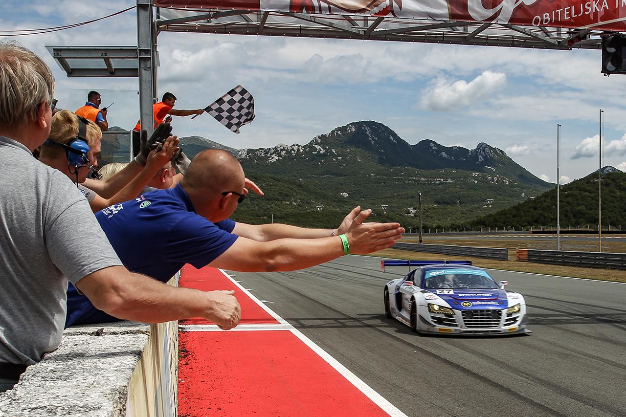 Vytrvalosti GT3 vládne po úvodních dvou podnicích Skalický