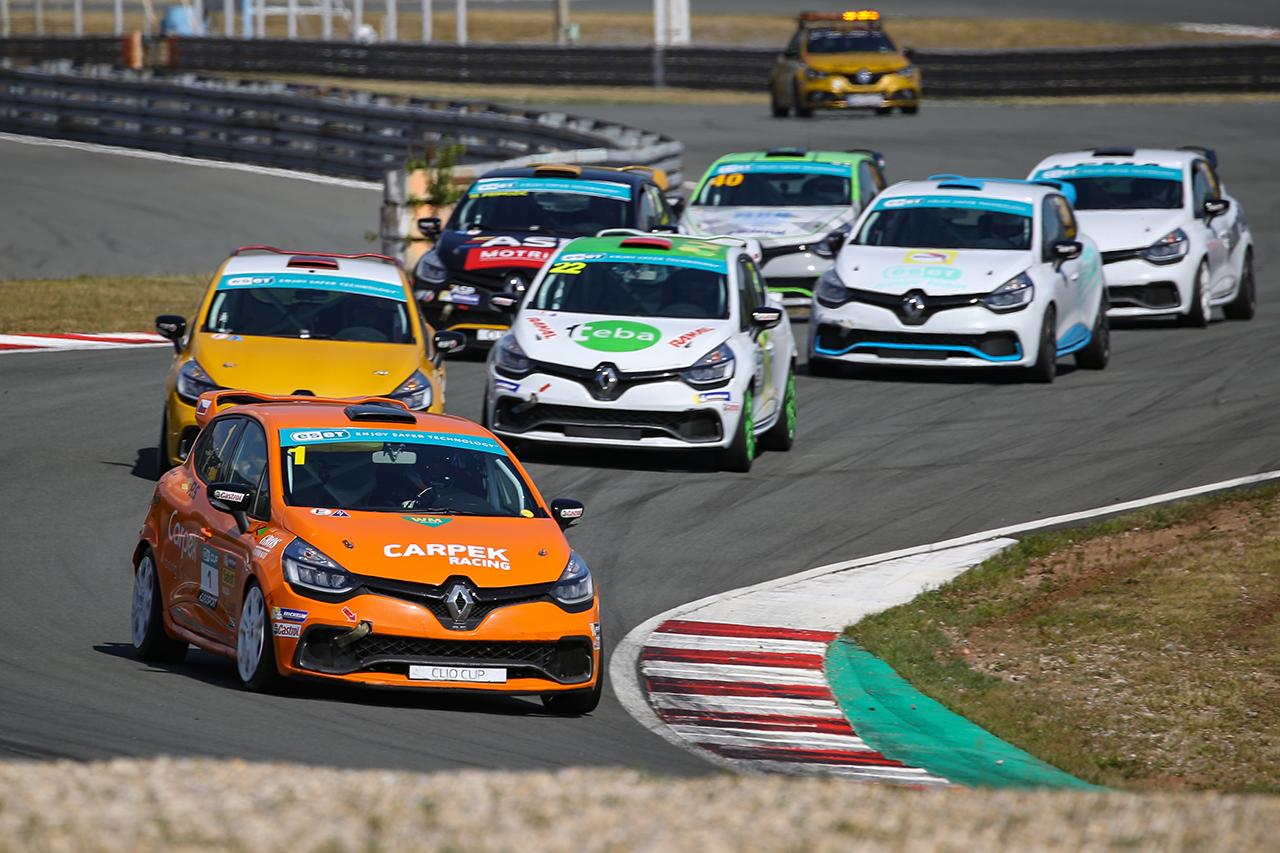 Clio Cup se ponese ve znamení honu na Pekaře
