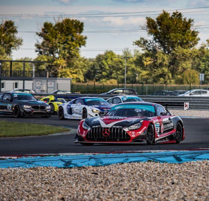 Startovní listina maďarského GT sprintu slibuje velkolepou podívanou