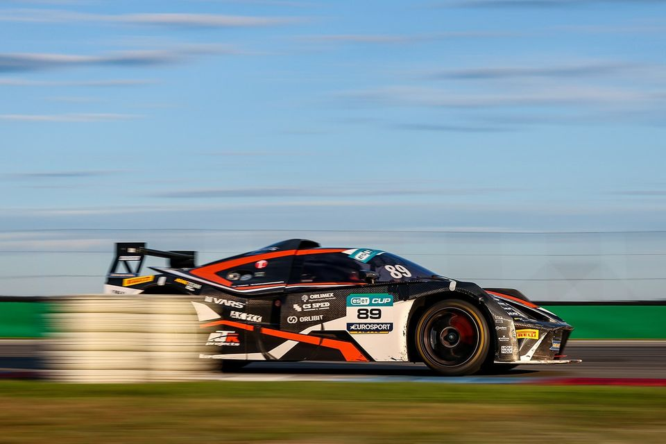 Miniberger is close to winning the GT4 Endurance series
