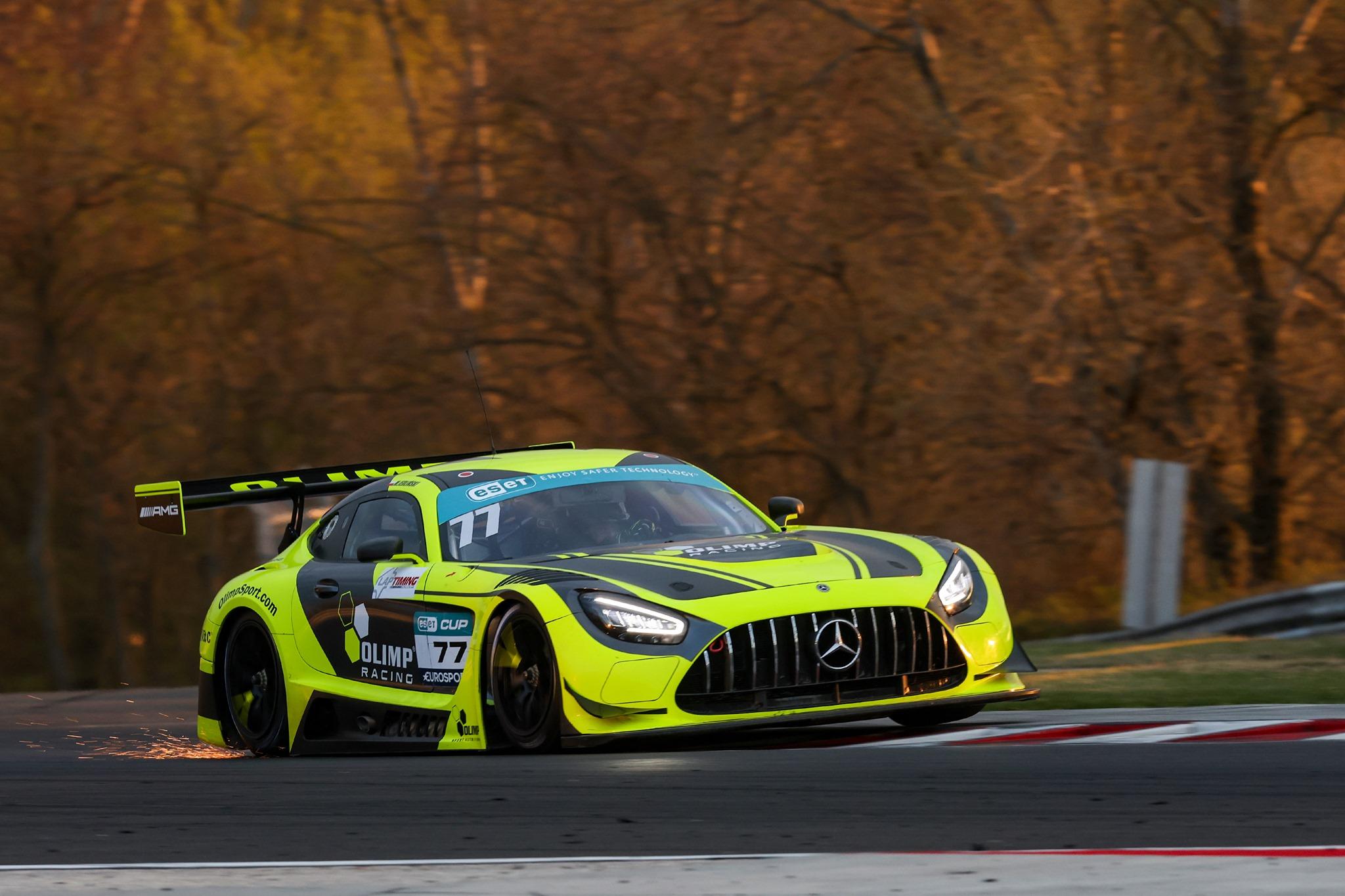 Vytrvalost GT3 ovládl Jedlinski
