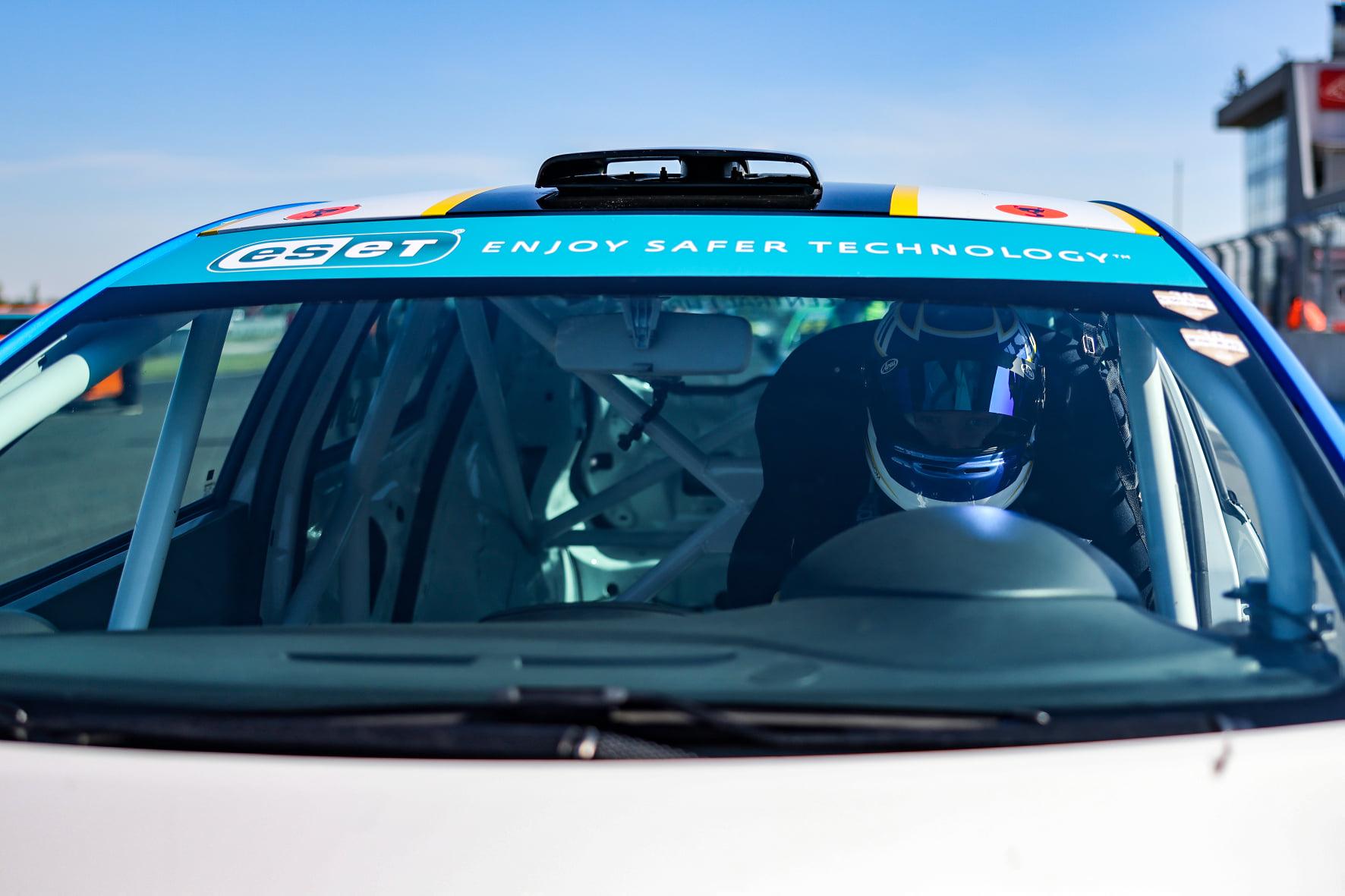 V Clio Cupu Bohemia bude pokračovat hon na Sandströma