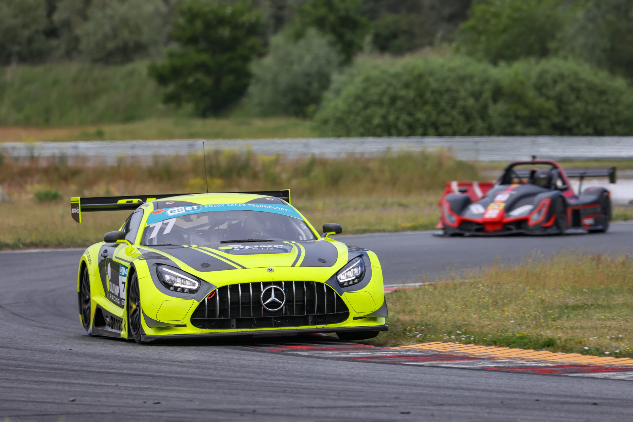 Jedlinski navýšil svůj náskok v GT3 vytrvalosti