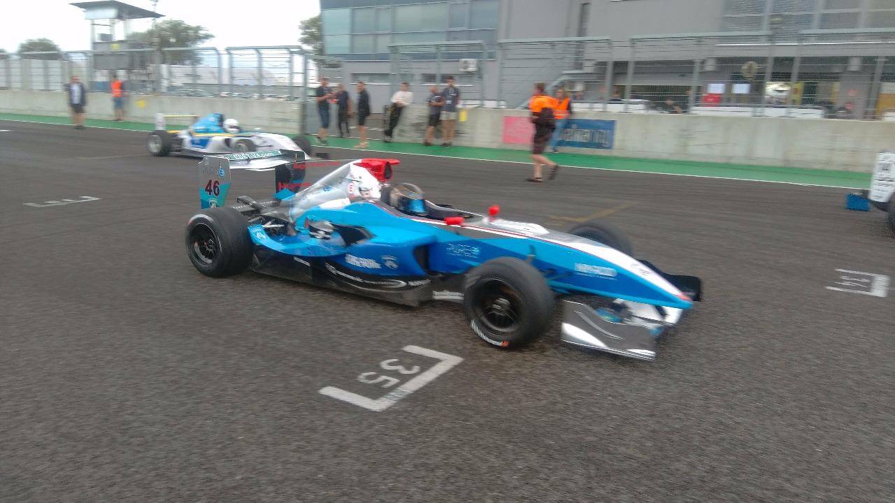 János Magyar vyhrál nedělní závod L21 REMUS Formula