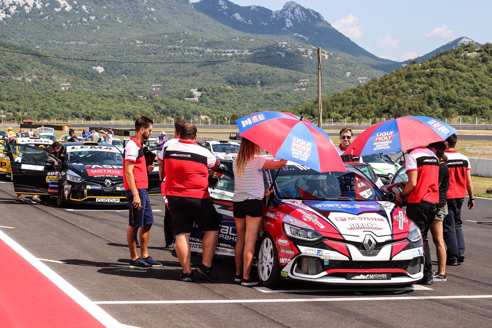 Michal Makeš dodatečným vítězem Clio Cupu