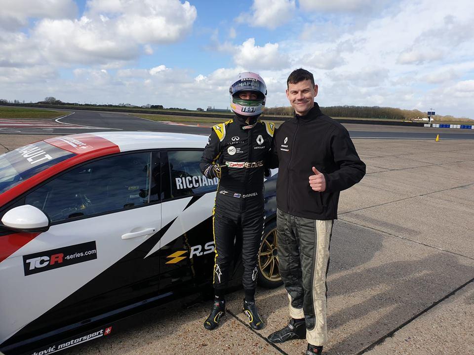 Tomáš Pekař testoval Renault Megane TCR a zaučoval pilota F1