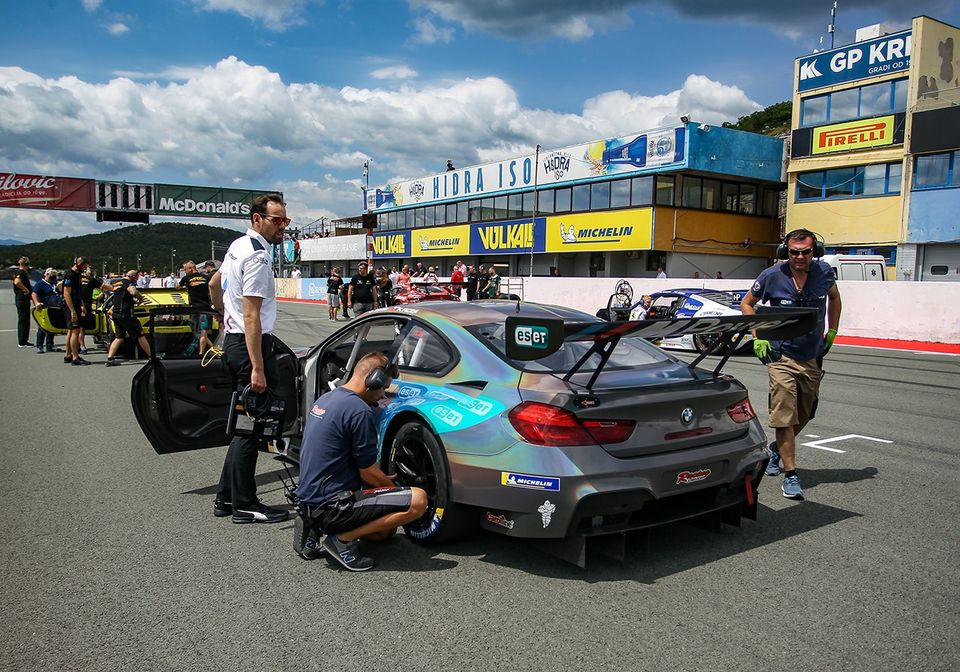 Zsigo leads the GT3 Sprint after Slovakiaring round
