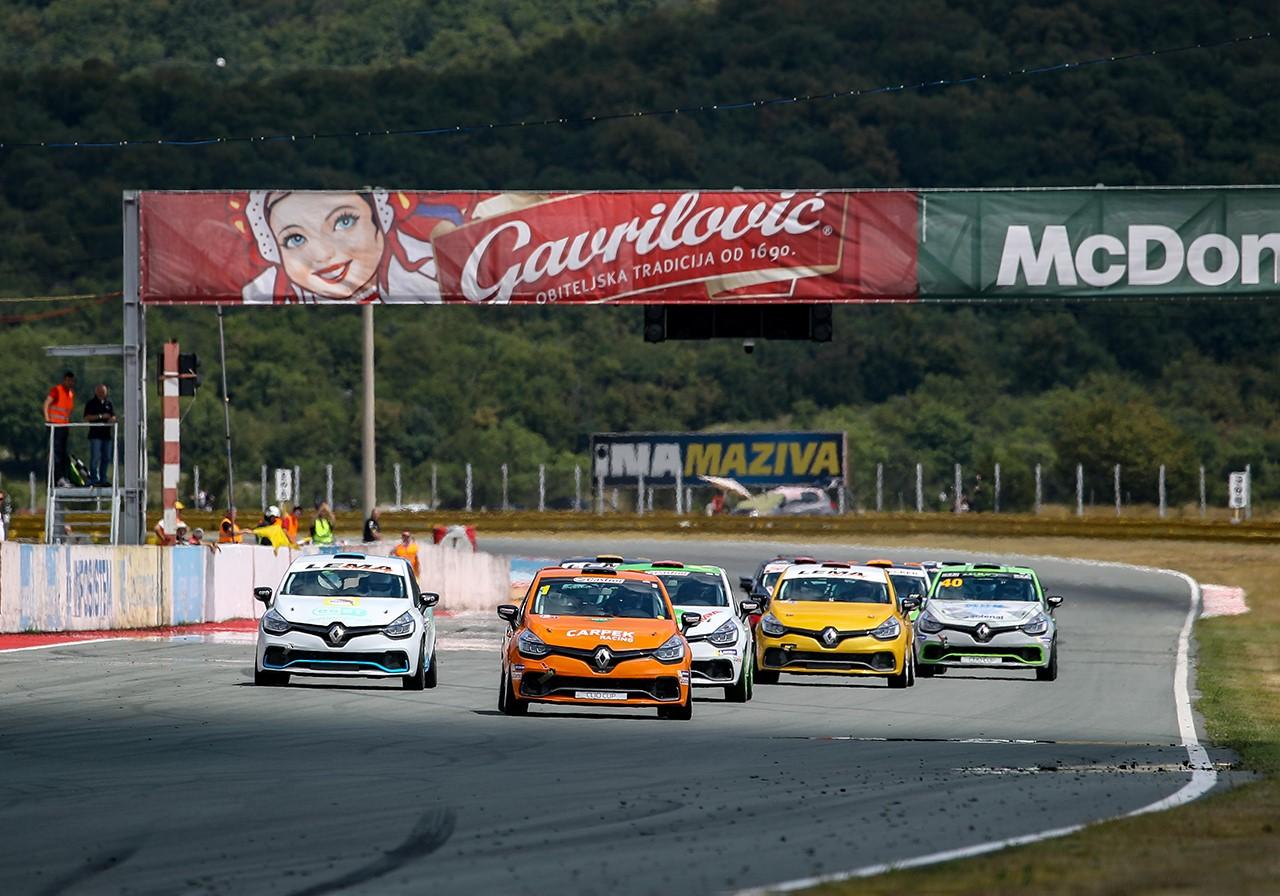 Startovní listina Clio Cupu se již rýsuje