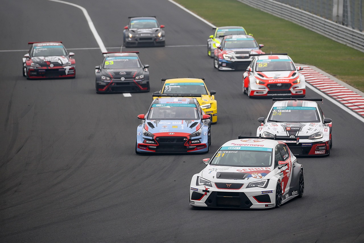 Who will race at Hungaroring in TCR Eastern Europe?